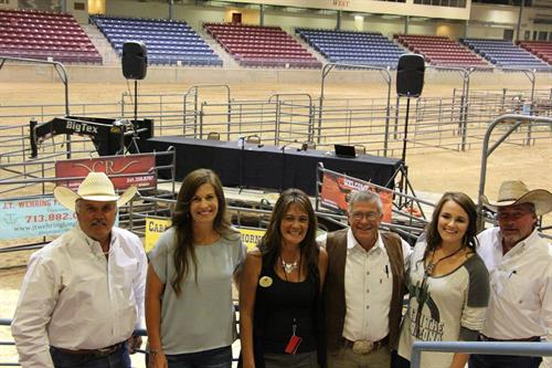 Group at Western Breeders Select Sale